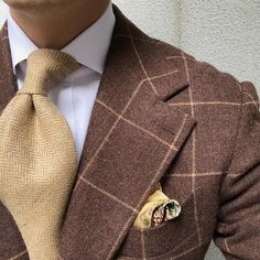 Brown windowpane sport jacket & beige herringbone tie. #men #menstyle #menswear #mensfashion #napoli #sprezzatuza #mensclothing #bespoke #dandy #gentleman #mensaccessories #mensstyle #tailor #milano #fashion #menwithclass #italy #style #styleformen #wiwt #suit #dapper #menwithstyle #ootd #daily #moda #stile #elegance #classy #mnswr