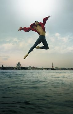 boysinballet:    Federico Bonelli    Ballet Boys