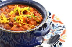 HEARTY TURKEY CHILI This delicious and filling chili recipe checks off all boxes- high in
