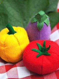 Filz-Gemüse: Aubergine, Paprika und Tomate