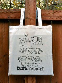 Si te gusta #dibujar, qué genial idea utilizar como lienzo #bolsas de #algodón