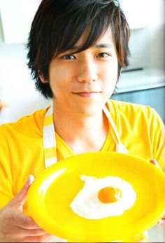 """""""The lyrics I wrote for 'Sore demo yappari kimi deshita', my solo from """"Popcorn"""", were a continuation of 'Niji', my solo from 'Time'. Plus, that might lead people to listen to our famous record all over again. I was actually hoping for that too."""" — Ninomya Kazunari"""