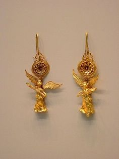 Gold Earrings with Nike Pendant Greek 225-175 BCE