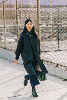 The best street style from New York Fashion Week Fall Winter 2018 Looks Chic, Looks Style, Fall Outfits, Fashion Outfits, Fashion Tips, Fashion Design, Simple Outfits, Fashion Clothes, Casual Outfits