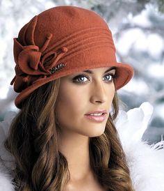 womens fashion for summer trends Fancy Hats, Cool Hats, Fedora Hat Women, Fascinator Hats, Fascinators, Headpieces, Church Hats, Winter Hats For Women, Cloche Hat