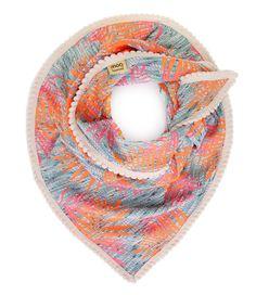 <3Shawl Premium Sjaals POM Amsterdam. (€89,95)