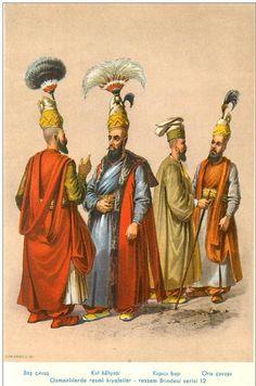 Basch Tschaousch, Officier d'Ordonnance. Kol Kiayassi, Lieutenant Général. Capidji Baschi, Chambellan. Orta Tschaousch, Fourrier de Régiment.