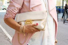 Scent of Obsession - fashion blogger: Light Colors