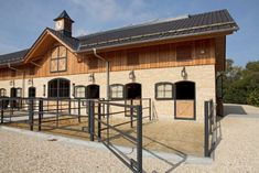 Paddock Pens by Röwer & Rüb Horse Paddock, Horse Arena, Horse Barn Plans, Barn House Plans, Dream Stables, Dream Barn, Luxury Horse Barns, Equestrian Stables, Horse Barn Designs