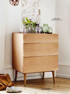 Muuto Catalogue AW 2014 - Muuto Refeclt Drawer and Silent Vase