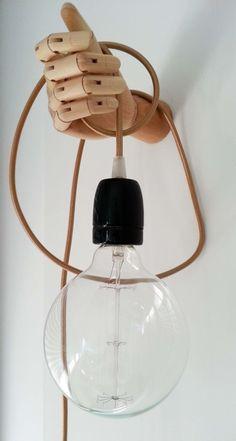 Baladeuse design sur support bois original : Luminaires par art-bala