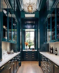 Kitchen Interior Design A Home On The SF Peninsula Reflects Old And New - Luxe Interiors Design - A design team works to fulfill clients' wishes for a family-friendly home that isn't overtly traditional nor aggressively modern.