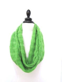 Best Scarves for Women - Green Cashmere Knit Scarf - Best Scarves for Winter Women - Soft Warm Winter Scarves by BoxerKnits on Etsy Green Fashion, Fashion Outfits, Womens Fashion, Winter Scarves, Womens Scarves, Spring Summer Fashion, Amazing Women, Cashmere, Fashion Accessories