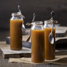 Recipe Salted caramel sauce by Thermomix in Australia, learn to make this recipe easily in your kitchen machine and discover other Thermomix recipes in Sauces, dips & spreads. Sweets Recipes, Brownie Recipes, Relish Sauce, Best Food Processor, Dips, Christmas Hamper, Thermomix Desserts, Salted Caramel Sauce, Sweet Sauce