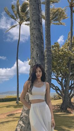 Blackpink Jennie, Blackpink Fashion, Korean Fashion, K Wallpaper, Beach Poses, Kim Jisoo, Blackpink Photos, Korean Outfits, Facon