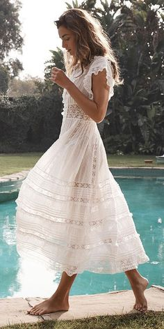 Wedding Dress Lace - Lace beach wedding dresses feature light fabrics, perfect for a ceremony in the sand.These 15 dresses are sure to give you some inspiration. Lace Beach Wedding Dress, Rustic Wedding Dresses, Dresses To Wear To A Wedding, Wedding Gowns, Lace Wedding, Casual Wedding, Summer Wedding, Wedding Ideas, Elegant Wedding