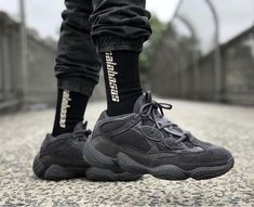 dca5beaf7ffd7 Adidas Originals x Kanye West Yeezy 500 (Utility Black) Sizes 14