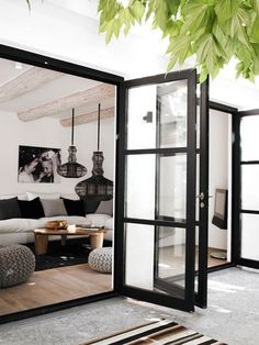 Modern Farmhouse Style Decorating Ideas On A Budget – Decorating Ideas - Home Decor Ideas and Tips - Page 15 Living Room Designs, Living Spaces, Living Rooms, Mud Rooms, Modern Farmhouse Exterior, Modern Farmhouse Style, Rustic Modern, Modern Entry, Modern Patio Doors