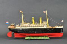 "Marklin live steam ocean liner ""Rhein"", Germany circa 1920's"