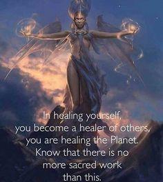 Bekijk deze Instagram-foto van @soulightmovement • 2,671 vind-ik-leuks Self Love, The Cure, Wounded Healer, Self Actualization, Self Healing, Soul Searching, Life Changing Books, Palm Of Your Hand, Reiki Room
