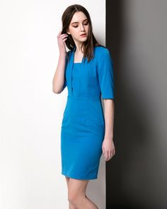 Inspired by Kate Middleton dress's valentine dress, this blue dress is beautifully tailored and cut to flatter. Featuring a blazer style notch details and fitted pencil skirt, it will make you feel confident whatever the day brings. Custom make to your size.