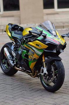 38 Super Ideas For Motorcycle Kawasaki Sport Kawasaki Motorcycles, Cool Motorcycles, Triumph Motorcycles, Moto Bike, Motorcycle Bike, Moto Cross, Custom Sport Bikes, Futuristic Motorcycle, Mean Machine