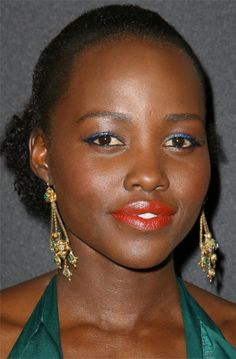 Best Lipsticks of 2016: The Celebrity Beauty Looks to Copy - Lupita Nyong'o's coral