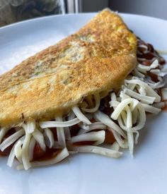 🍳TACO STUFFED OMELETTE🍳 ⭐Syn free!⭐ Check out my blog for loads more Slimming World lunch ideas and Slimming World recipes Slimming World Lunch Ideas, Slimming World Dinners, Slimming World Breakfast, Slimming World Recipes, Vegetarian Breakfast, Vegetarian Dinners, Vegetarian Recipes, Healthy Recipes, Syn Free