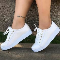 Cute Nike Shoes, Cute Sneakers, Adidas Shoes Women, Shoes Sneakers, Teen Fashion Outfits, Fashion Boots, Trendy Shoes, Casual Shoes, Zapatos Shoes
