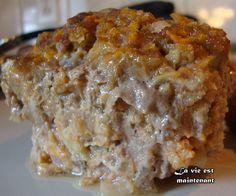 Pain de viande de Clémence  1 kg (2 lb) de veau haché maigre ou autre viande hachée au choix 1 oignon, haché 250 ml (1 tasse) de flocons de maïs (Corn Flakes) 60 ml (1/4 tasse) de ketchup 30 ml (2 c. à soupe) de moutarde préparée 1 oeuf, légèrement battu 30 ml (2 c. à soupe) de cassonade au goût Sel et poivre
