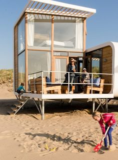 Tiny Beach House, Small Beach Houses, Tiny House Cabin, Tiny House Living, Bungalow, Surf House, Unique House Design, Forest House, Japanese House