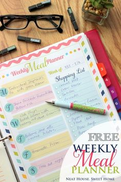 Loving these 2016 printables!  For more, take a look at our 52 WEEK MONEY SAVING CHALLENGE http://bargainmums.com.au/52-week-money-saving-challenge