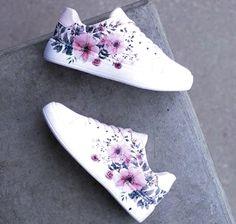 Women S Shoes Victoria Bc - shoes sport women Trendy Shoes, Casual Shoes, Sneakers Fashion, Fashion Shoes, Cute Nike Shoes, Kawaii Shoes, Aesthetic Shoes, Hype Shoes, Painted Shoes