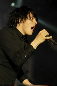 Gee in black is the best Gee