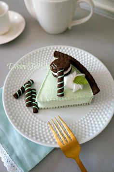 NEW Felt Food Mint Chocolate Pie-Pretend Play Tea Party