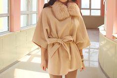Damen Kapuzen Winter Jacke Cashmere Cape Mantel von Dressbeautiful, $68.99