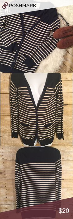 Olive & Oak Blue Beige Striped Cardigan Sweater Sweater is in good condition or stains flaws.Material- Cotton and Polyester Olive & Oak Sweaters Cardigans
