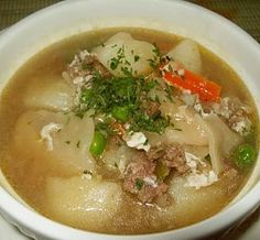 Cuisine with Chilean flavor: Pancutras (Pantrucas) - Chilean Soup with dumplings Chilean Recipes, Chilean Food, Homemade Pasta Dough, Bolivian Food, Dumplings For Soup, Comida Latina, International Recipes, Soups And Stews, Cooking Recipes
