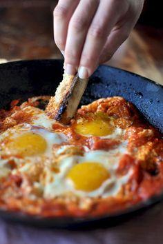 Ova al pomodoro ricetta toscana My Recipes, Italian Recipes, Healthy Recipes, Frittata, Bellisima, Good Food, Eggs, Tasty, Cooking