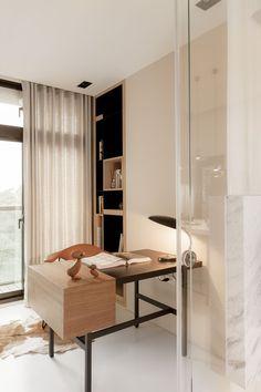 Beautiful little modern home office.