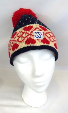 MURRAY MERKLE Sportswear Beanie Cap Hat Pure Virgin Wool Handmade red  hearts  MurrayMerkley  Beanie 07f600fa4d84