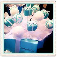 Tiffany's cake pops