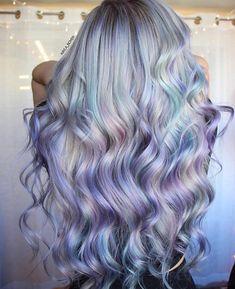 36 Light Purple Hair Tones That Will Make You Want to Dye Your Hair - Hair Color Ideas Light Purple Hair, Hair Color Purple, Cool Hair Color, Mint Green Hair, Unicorn Hair Color, Pink Purple, Metallic Hair Color, Extreme Hair Colors, Sunset Hair
