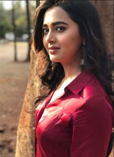 TEJASWI PRAKASH WAYANGANKAR Beautiful Girl Indian, Most Beautiful Indian Actress, Beautiful Girl Image, Beauty Full Girl, Cute Beauty, Beauty Women, Beauty Bay, Beautiful Bollywood Actress, Beautiful Actresses