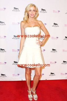 Cookelly Bandage Dress http://www.cookelly.com/cookelly-bandage-dress-333499.html