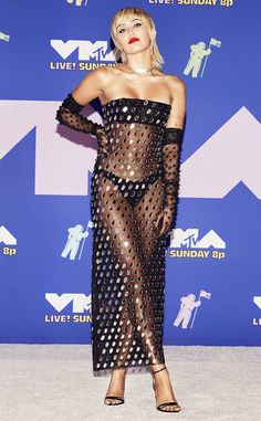 Best Dressed: MTV VMA's 2020 – Sarah In Style Mtv Video Music Award, Music Awards, Divas, Lady Gaga Fashion, Miley Cyrus Style, Red Carpet Party, Evolution Of Fashion, Mtv Videos, Celebrity Red Carpet