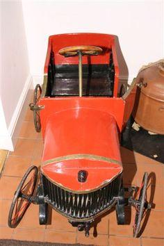 *PEDAL CAR