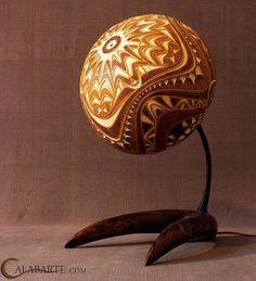 Ces lampes créent un art incroyable sur les murs qui les entourent