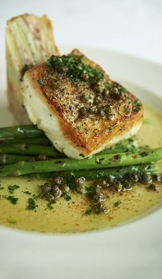 Darigold Seared Halibut - September Resolution #Darigold #halibut #dinner #Farmalicious