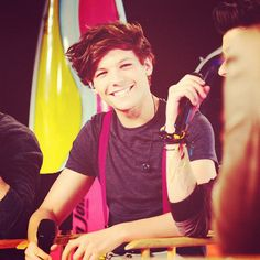 Ohhhh Louis. I never tire of you and your suspenders.